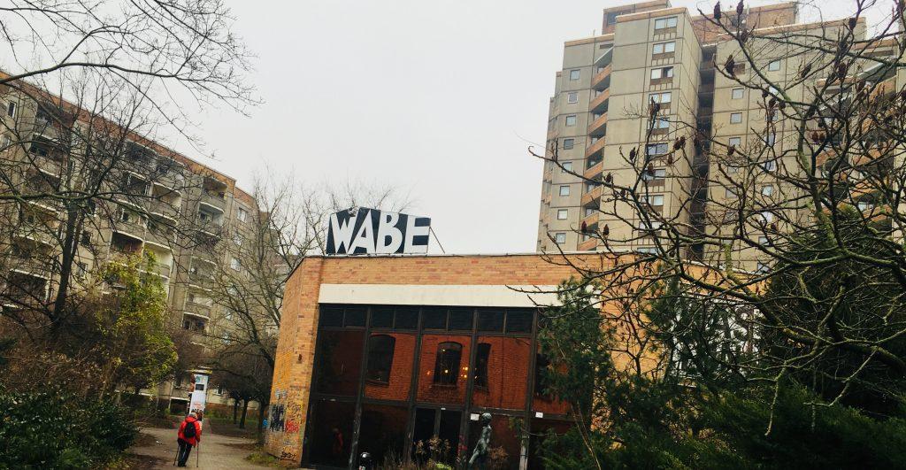 Osten pur: Die WABE im Ernst-Thälmann-Park (Foto: