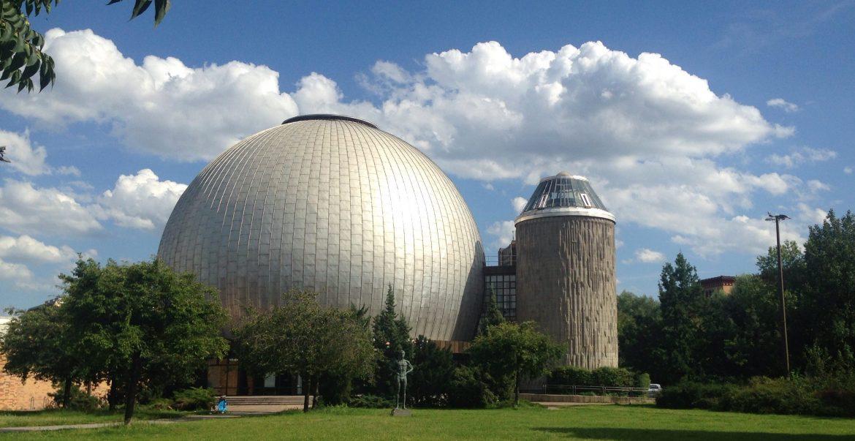 Planetarium Berlin Sommer