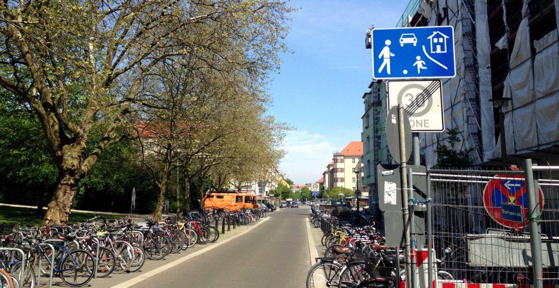 temporäre Spielstraße Gudvanger Straße