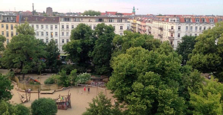 Helmholtzplatz Sommer